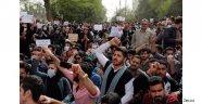 İran'da protestolar ne getirir ne götürür?